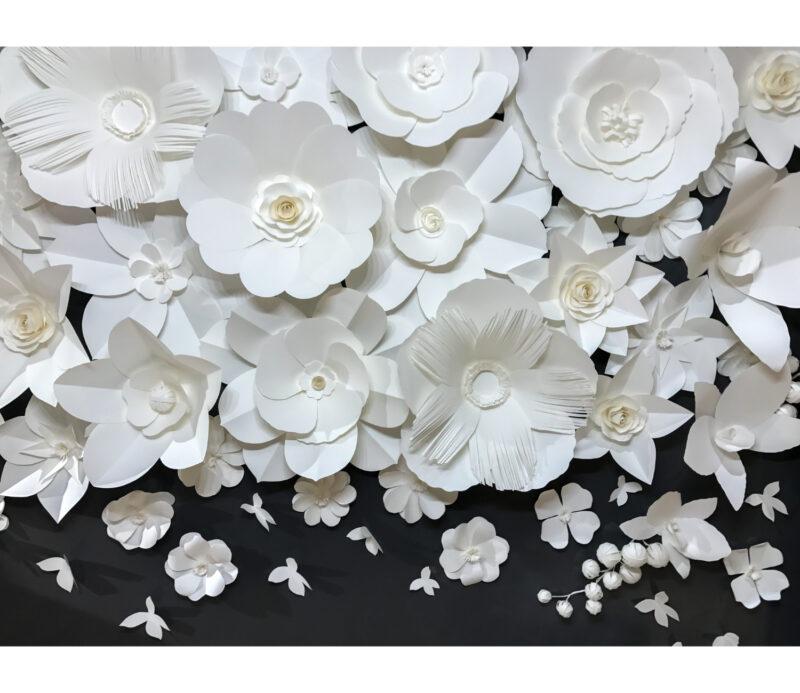 Black White Flowers Duvar Kagidi
